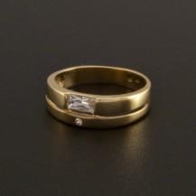 Jednoduchý elegantní zlatý prsten 13