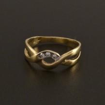 Zlatý nápaditý prsten se zirkony 15