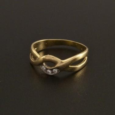 Zlatý nápaditý prsten se zirkony 15 č.2