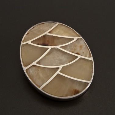 Perleťový stříbrný přívěsek 135 č.1