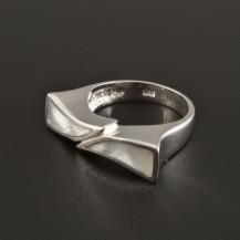 Originální stříbrný prsten s perletí 178