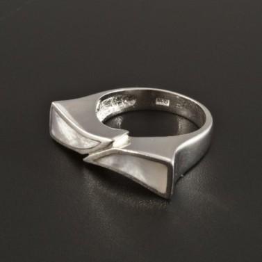 Originální stříbrný prsten s perletí 178 č.1