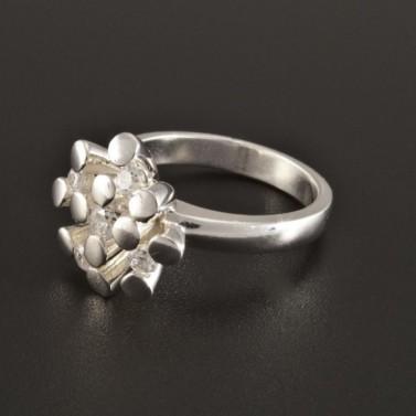 Elegantní stříbrný prsten neobvyklý tvar 231 č.1