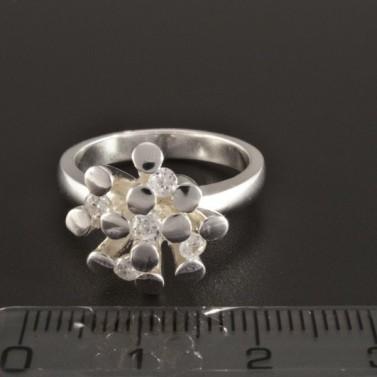 Elegantní stříbrný prsten neobvyklý tvar 231 č.2