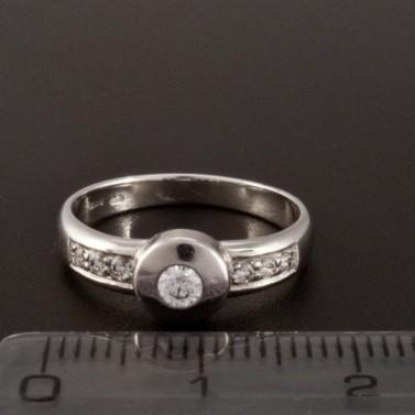 Zlatý bílý prsten zásnubní s drobnými zirkony 358 č.2