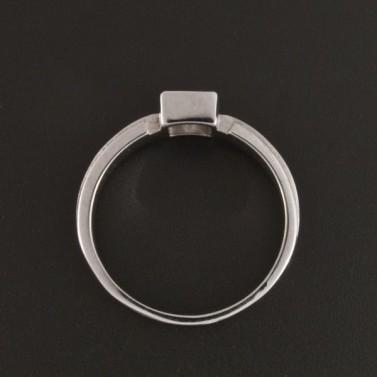 Bílý zlatý prsten s čtvercovým zirkonem 362 č.3