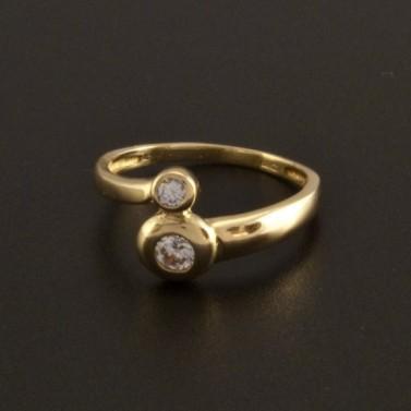 Zlatý prsten s dominantními zirkony 799 č.1