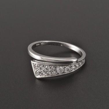 Prsten z bílého zlata se zirkony 1946 č.1