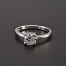 Stříbrný prsten zirkon broušený 2267