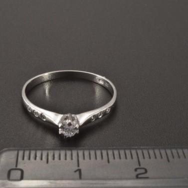 Jemný prsten zásnubní z bílého zlata 2344 č.2