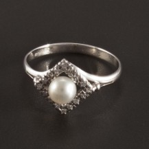 Prsten s perlou a briliantem 2724