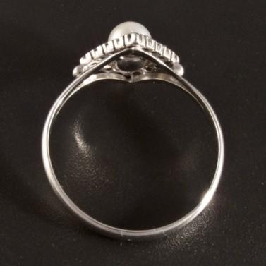 Prsten s perlou a briliantem 2724 č.3
