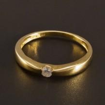 Zlatý prsten s briliantem 2726