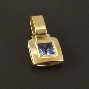 Zlatý jemný přívěsek s akvamarinem 3266 č.1