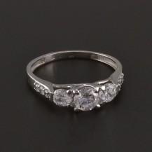 Prsten bílé zlato zdobený zirkony 3527