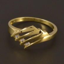 Zlatý prořezávaný prsten se zirkony 4495