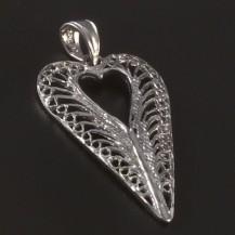 Stříbrný přívěsek filigránské srdce 4518