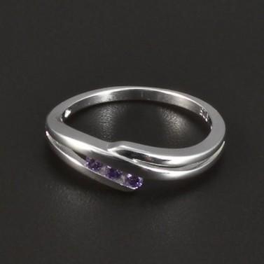 Jemný stříbrný prstýnek fialový zirkon 4969 č.1