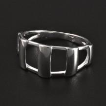 Stříbrný prořezávaný masivní prsten 5067