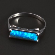 Bílé zlato prsten obdélníkový tvar opálu 5300