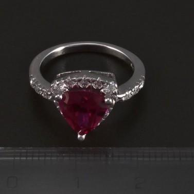 Stříbrný prsten rubín trojúhelník 5489 č.2