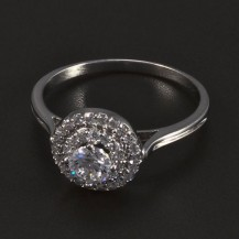 Stříbrný prsten kulatá ozdoba se zirkony 5501