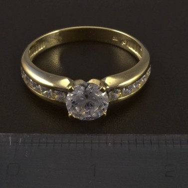 Zásnubní zlatý lesklý prsten 5554 č.2
