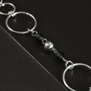 Stříbrný náramek s tmavými korálky 5638 č.3