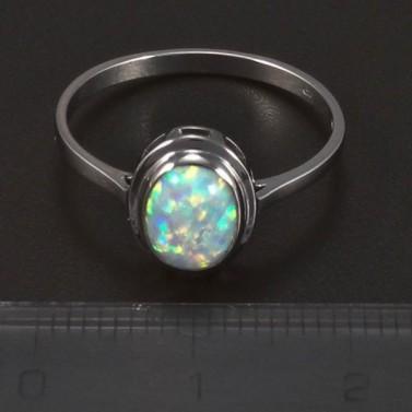 Stříbrný prsten s opálem oválného tvaru 5715 č.2