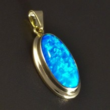 Zlatý přívěsek modrý opál 5815