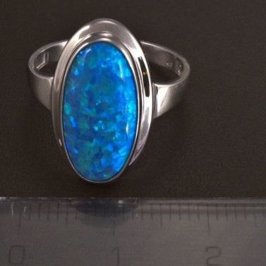 Prsten z bílého zlata modrý opál 5821 č.2