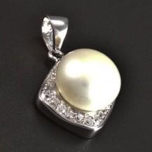 Stříbrný přívěsek bílá perla 5965