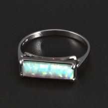 Stříbrný prsten bílý opál 6045