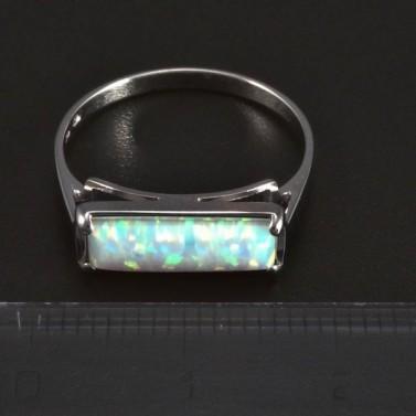 Stříbrný prsten bílý opál 6045 č.2
