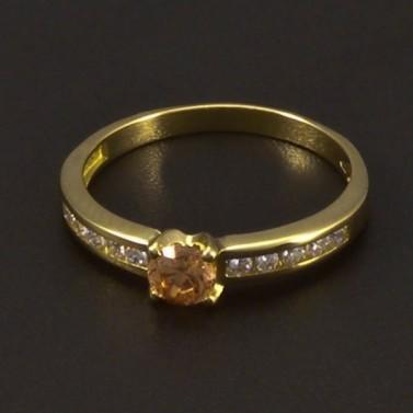 Zlatý prsten se champagne zirkonem 6541 č.1