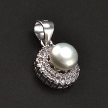 Stříbrný přívěsek s perlou a zirkony 6773