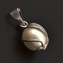 Zlatý přívěs perla v klícce 7176