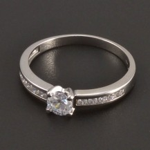 Zásnubní prsten z bílého zlata 7489