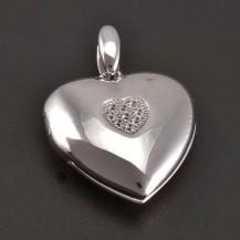 Stříbrný medailon na 7584