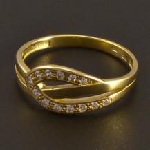 Zlatý prsten zdoben malými zirkony 8009