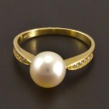 Zlatý prsten s bílou perlou 8139