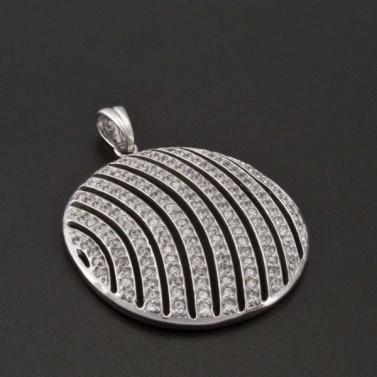 Stříbrný přívěsek se zirkony tvar kruhu 1020 č.1