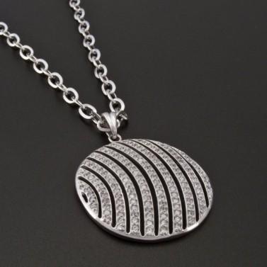 Stříbrný přívěsek se zirkony tvar kruhu 1020 č.2