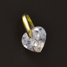 Zlatý jednoduchý přívěsek broušené srdce 4649