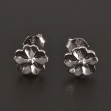 Stříbrné náušnice ve tvaru kytičky 8221
