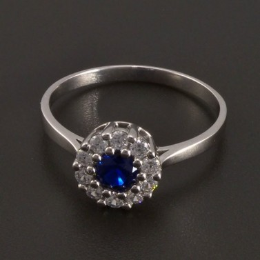 Zlatý prsten se safírem a zirkony 8436 č.1