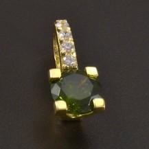 Zlatý přívěsek s olivínem 8452