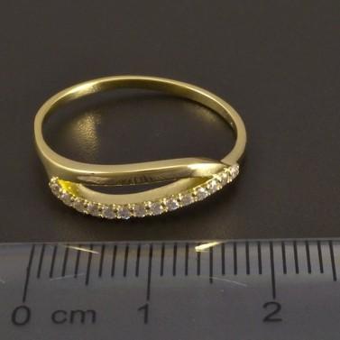 Jemný zlatý prsten se zirkony 8459 č.3