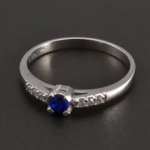 Prsten z bílého zlata safír 8467