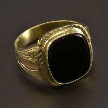 Masivní zlatý prsten s velkým onyxem 8476